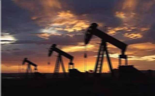 国际期货原油重挫,黄金连涨40美元有余